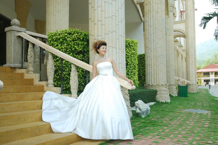 夏花| 婚纱客照 | 作品展示 | 珠海巴黎春天婚纱摄影